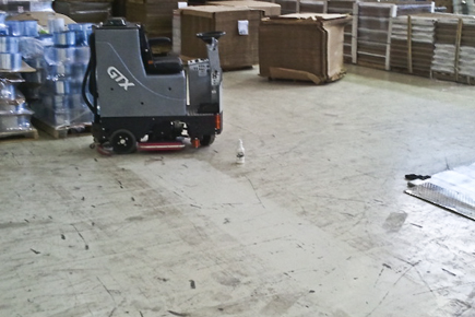 Tomcat EDGE® Commercial GTX Orbital Floor Scrubber