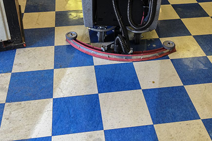 Magnum Floor Scrubber Dryer Cleaning VCT