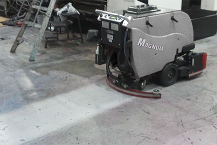 Magnum Walk Behind Scrubber-Sweeper Cleaning Commercial Factory Concrete Floor