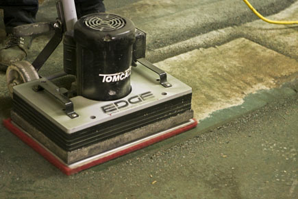 Tomcat EDGE® Stick Machine Orbital Scrubber